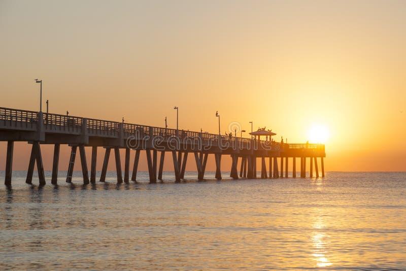 Пристань пляжа Dania на восходе солнца Голливуд, Флорида стоковое фото rf