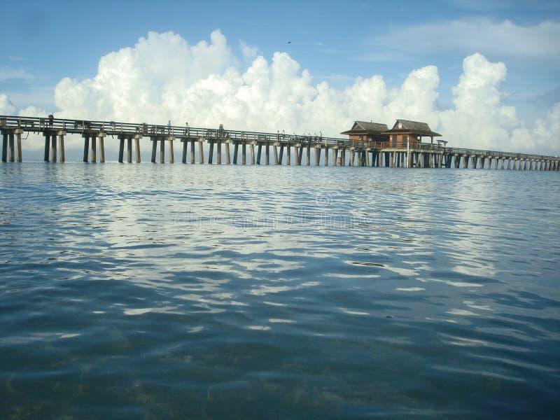 Пристань рыбной ловли Неаполь Флориды стоковое изображение