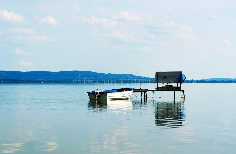 Пристань рыболова на озере Balaton стоковое фото