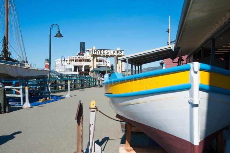 Пристань улицы ` s Hyde Сан-Франциско стоковые фотографии rf