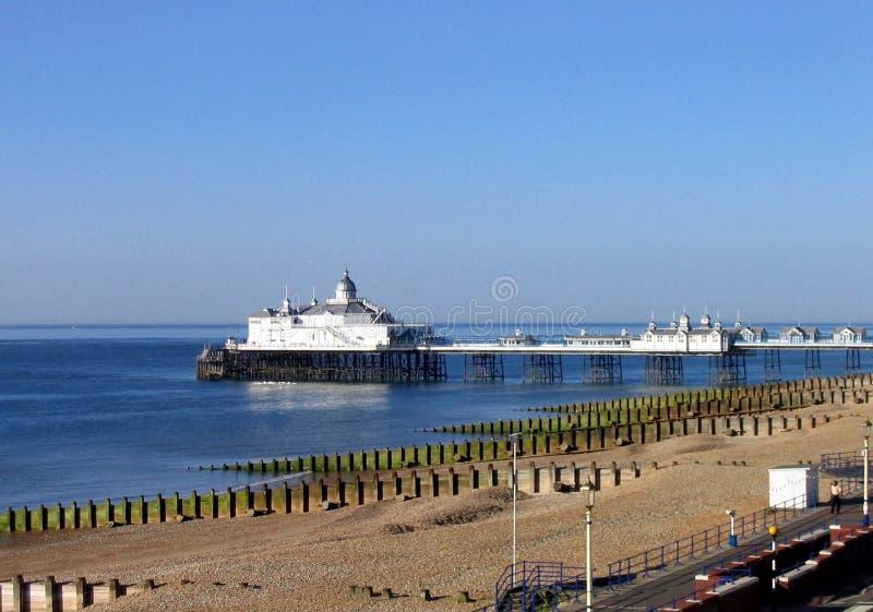 пристань eastbourne сценарная стоковое фото