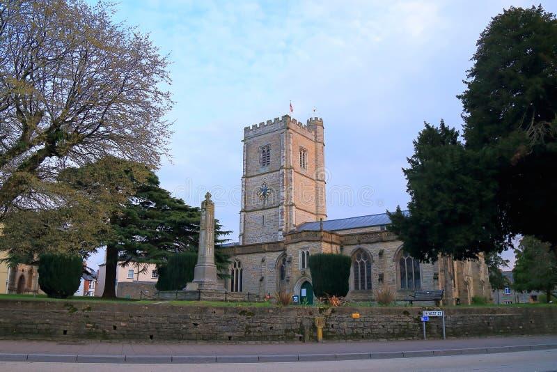 Приходская церковь ` s St Mary в Axminster стоковые фото