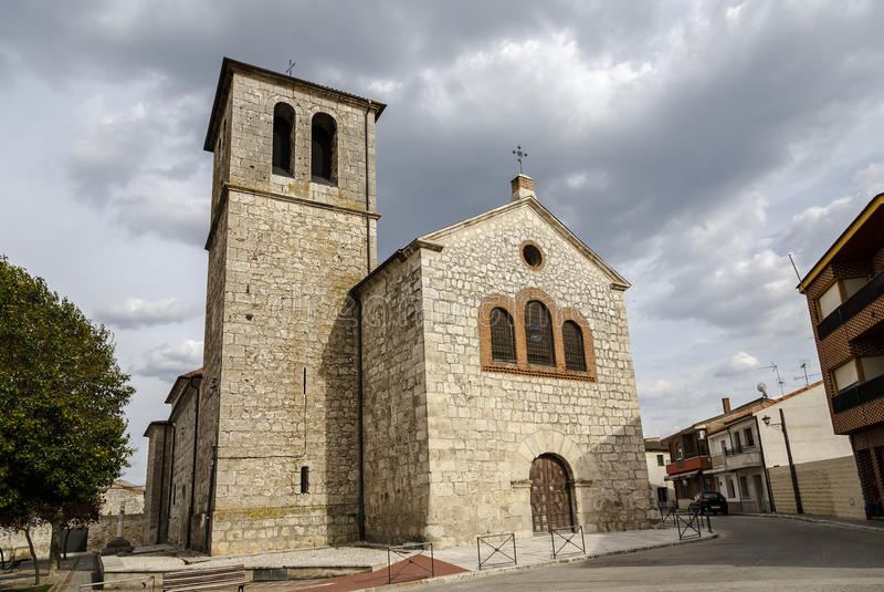 Приходская церковь Pedrajas de Сан Esteban Вальядолида стоковые изображения