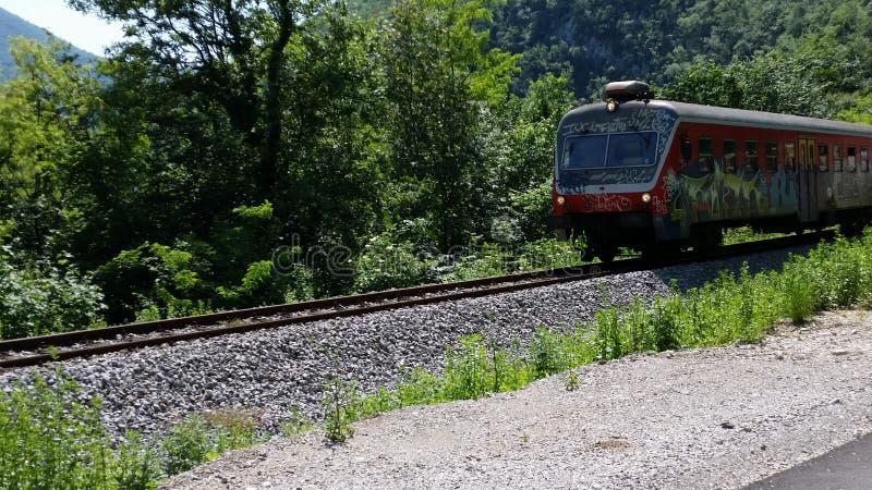 приходя поезд стоковая фотография