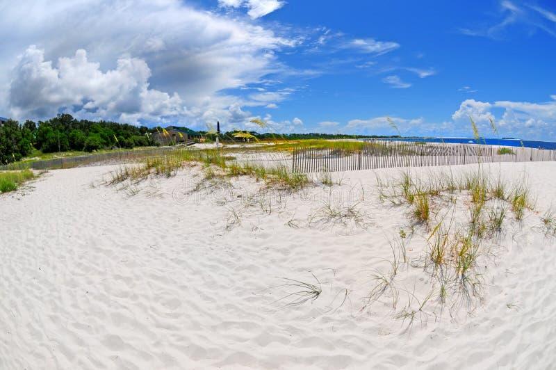причаливая шторм пляжа стоковые изображения