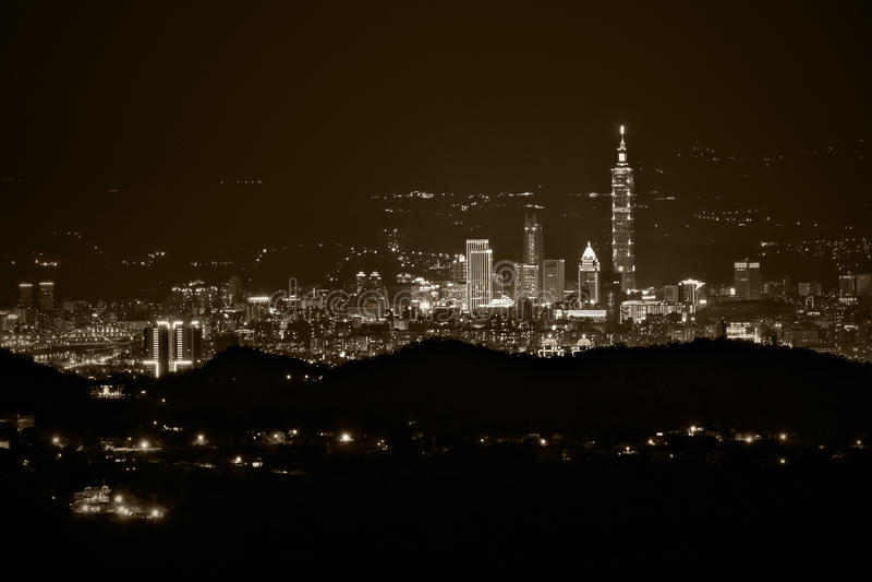 причаленный взгляд корабля порта ночи стоковое изображение rf