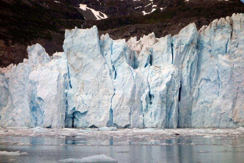 Причаливать массивнейшему ледниковому полю на Prince William Sound стоковые фотографии rf