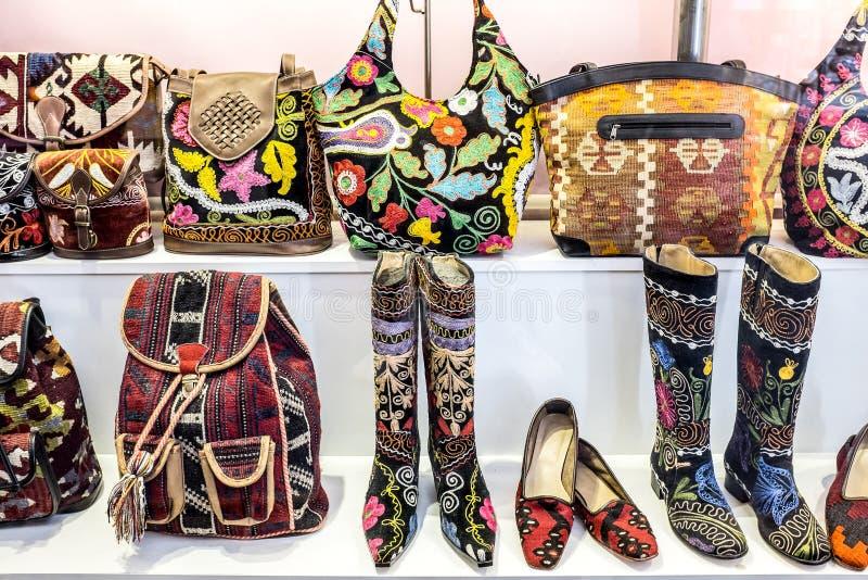 Причудливые ботинки и сумки стоковая фотография