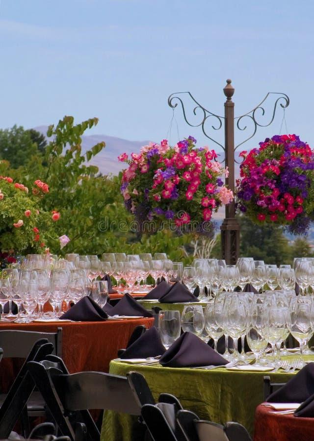 приём гостей в саду стоковое изображение rf
