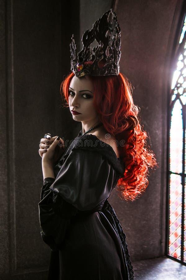 приложенное влияние фильтрует женщину красного цвета волос стоковые фотографии rf