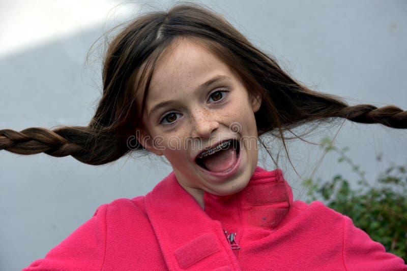 Придурковатая девушка подростка стоковая фотография