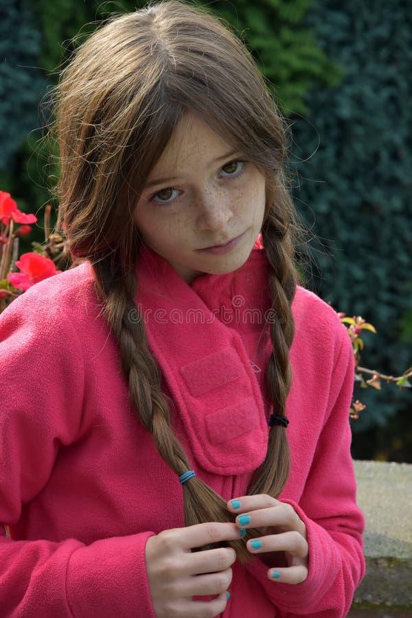 Придурковатая девушка подростка стоковое фото