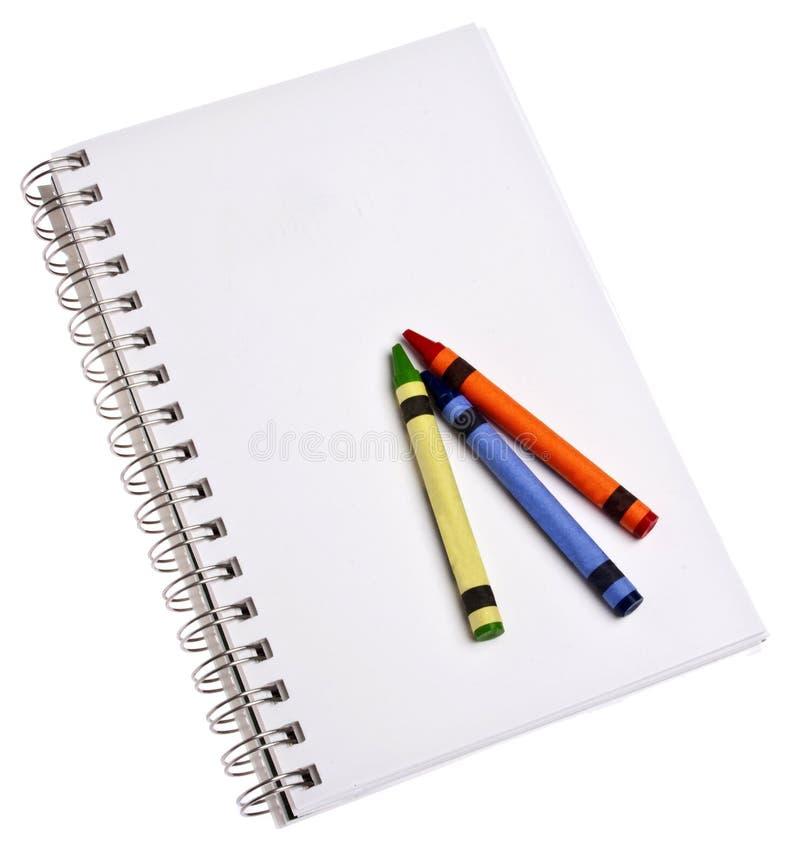 Download пробел crayons блокнот стоковое фото. изображение насчитывающей green - 18399068