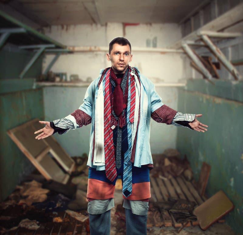 Проблемы с одевать, нехватка денег для одежд стоковое фото rf