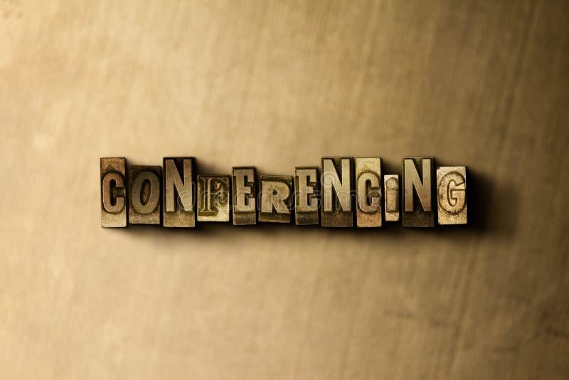ПРОВЕДЕНИЕ КОНФЕРЕНЦИЙ - конец-вверх grungy слова typeset годом сбора винограда на фоне металла бесплатная иллюстрация