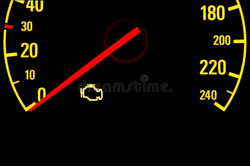 Проверите желтый свет двигателя на приборной панели автомобиля стоковое фото rf