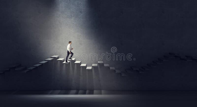 Прогулка в темноте стоковая фотография rf