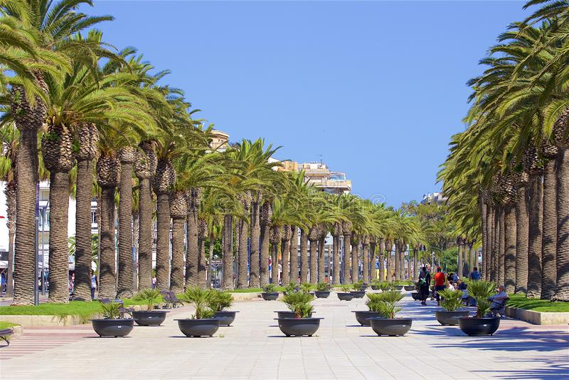 Прогулка в Salou, Испании стоковое изображение