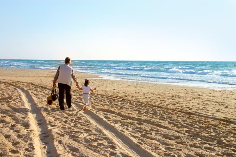 прогулка пляжа стоковые изображения rf