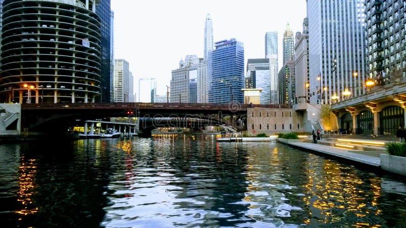Прогулка портового района в городе Чикаго США стоковое изображение