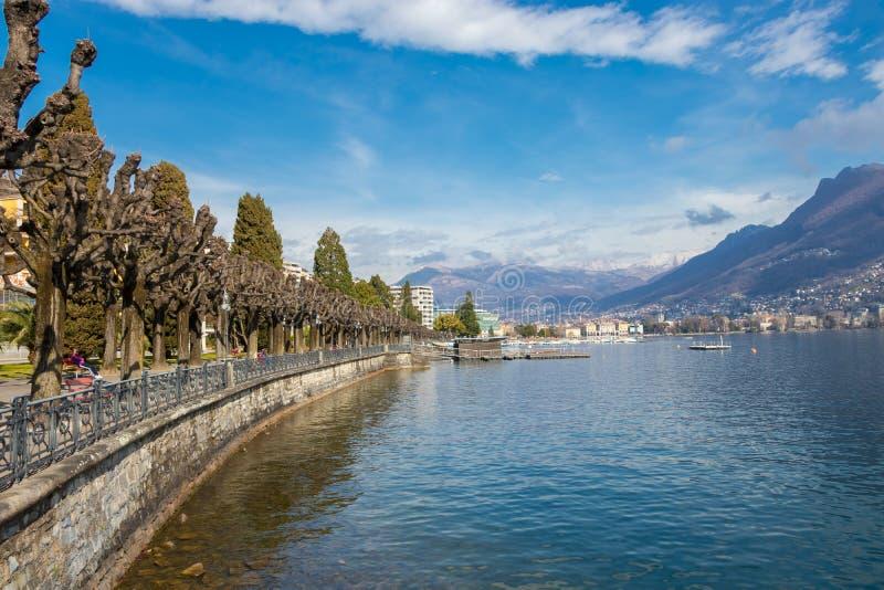 Прогулка портового района Лугано, кантон Тичино, Швейцарии стоковая фотография rf