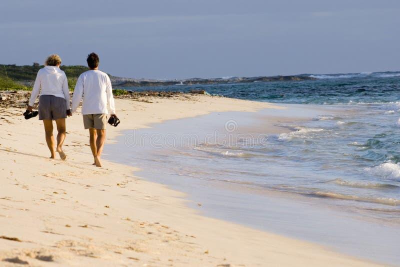 прогулка 2 пляжей стоковые изображения