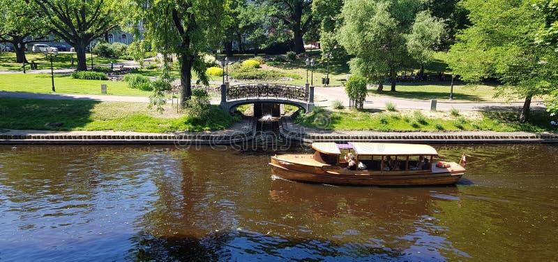 Прогулочные катера реки стоковые изображения rf