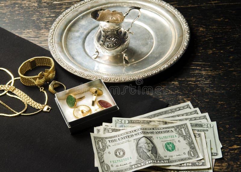 Продавать золото для наличных дег стоковое фото rf