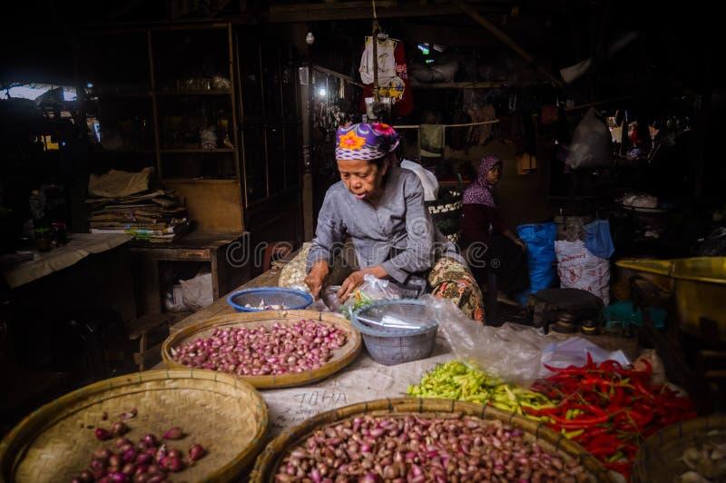 Продавец лука стоковое фото