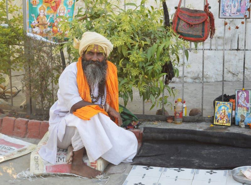 Продавец сувениров на улице стоковая фотография rf