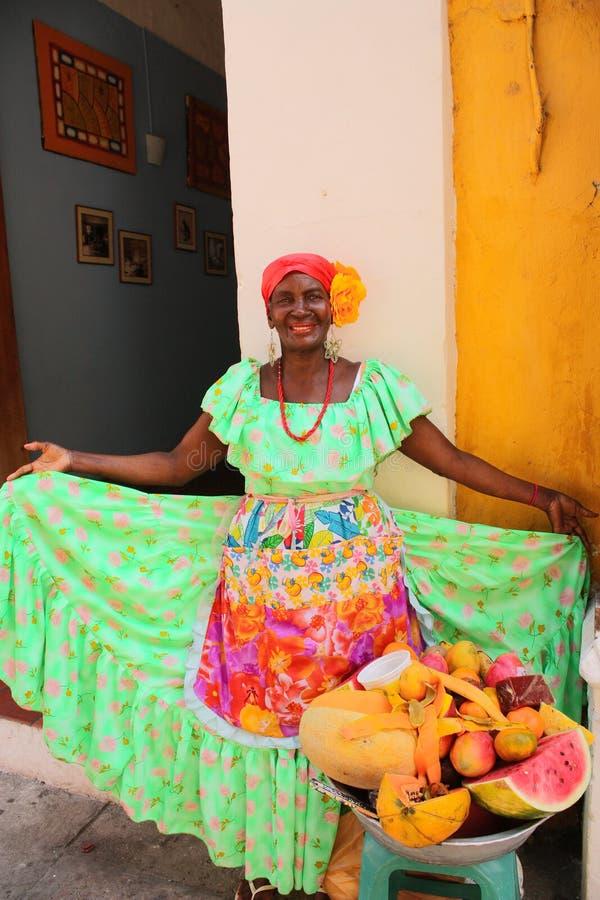 продавец indias cartagena de плодоовощ типичный стоковые фото
