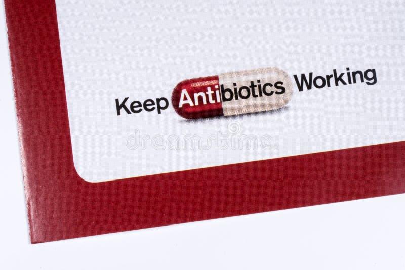 Продолжайте работать с антибиотиками стоковые фото
