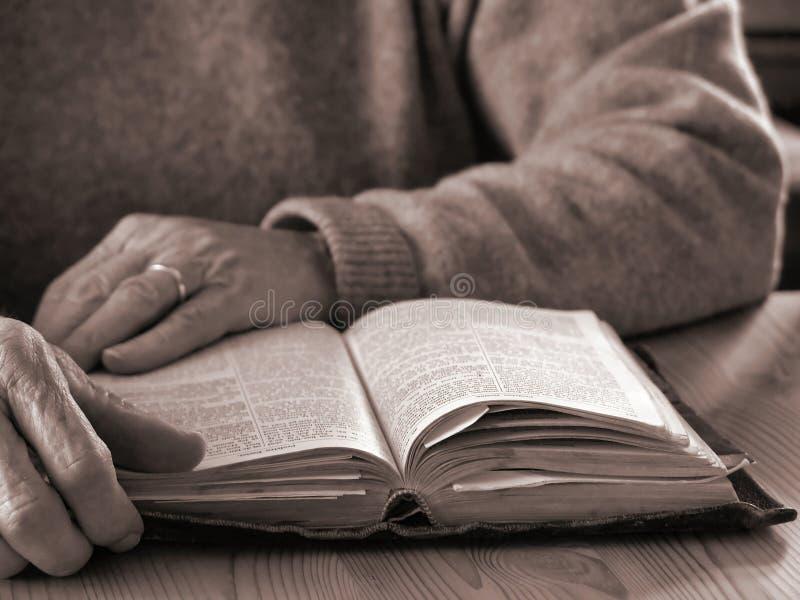 Download продолжительность жизни Faith2 Стоковое Изображение - изображение насчитывающей женщина, concept: 79677