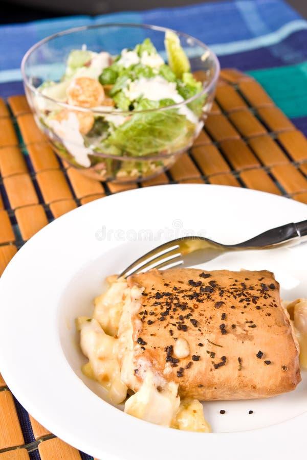 продукты моря салата печенья filo цезаря стоковое фото