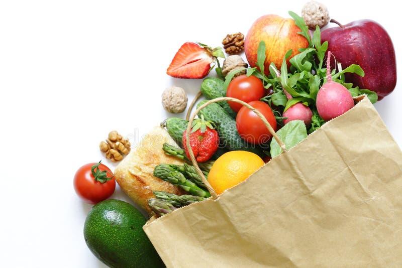 Продукты пакета покупок органические стоковые фотографии rf