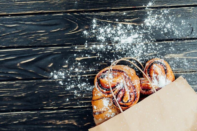 Продукты пекарни бумажного мешка здоровая еда Пустое пространство лакомка еды принципиальной схемы питательная Насмешка вверх стоковые фото