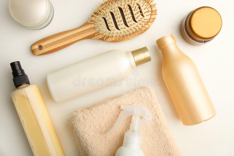 Продукты ухода за волосами стоковое изображение
