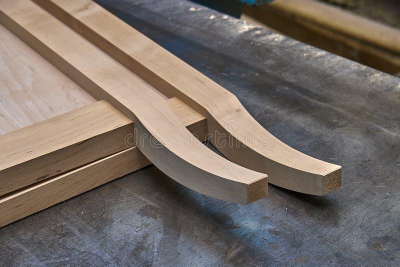 Продукция деревянной мебели Шкаф тщеты Bathroom Изготовление мебели : стоковое изображение