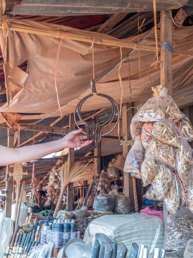 Продукция Hmong для продажи на стойле обочины стоковая фотография rf