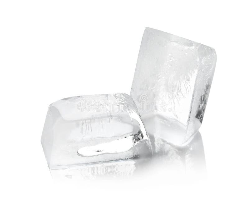 Прозрачный плавить кубов льда стоковая фотография