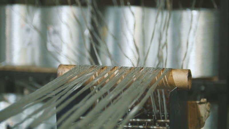 Производящ штанги стеклоткани - изготовление составного подкрепления, индустрия для конструкции стоковое изображение