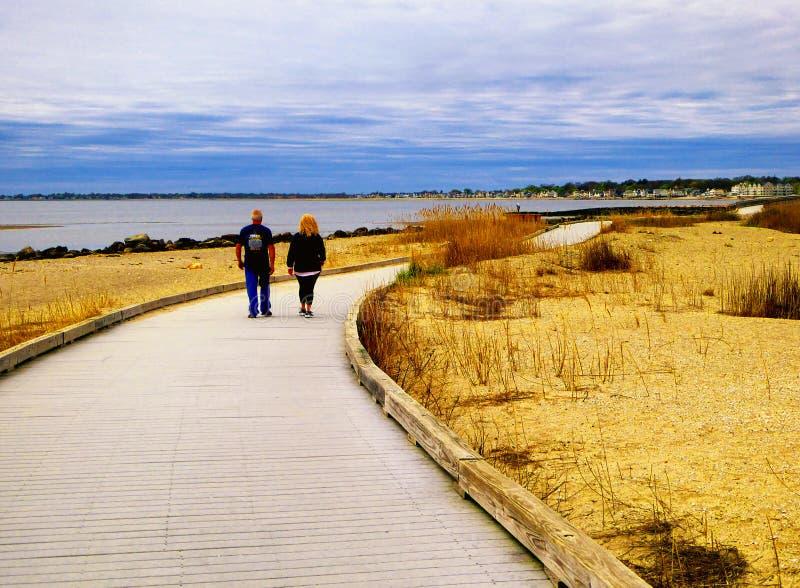 Променад около пляжа стоковая фотография rf