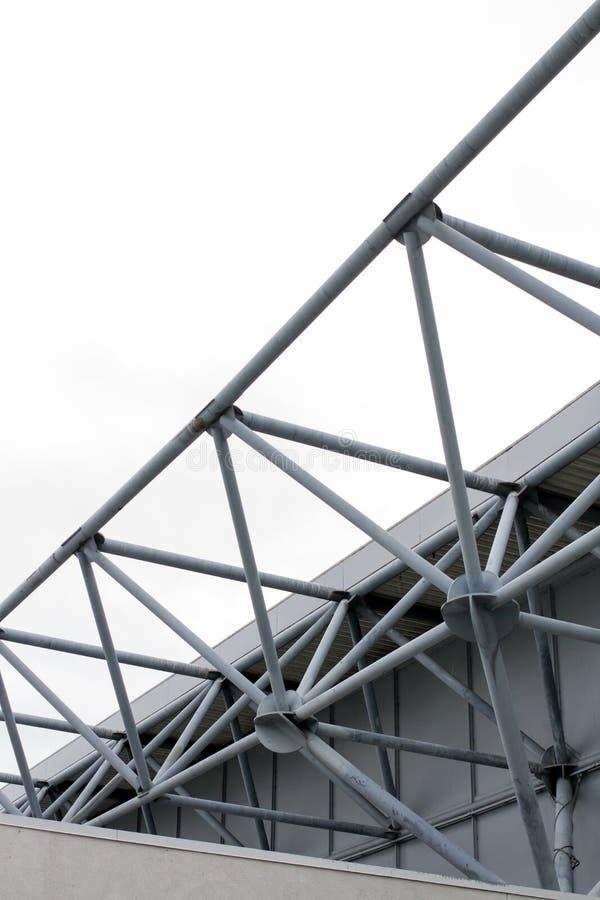 Промышленная архитектурноакустическая сеть на авиапорте стоковая фотография rf