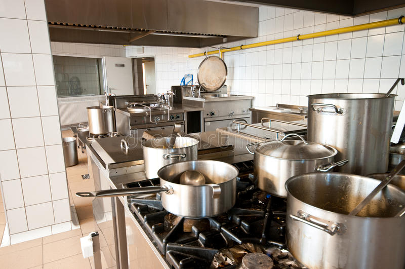 промышленная кухня стоковая фотография rf