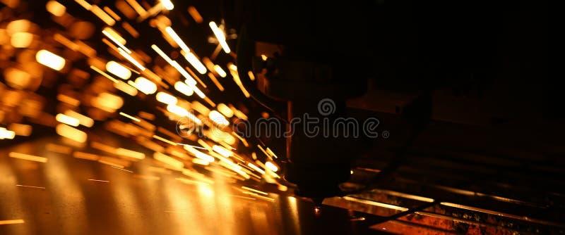 Промышленная машина лазера для металла стоковое фото rf