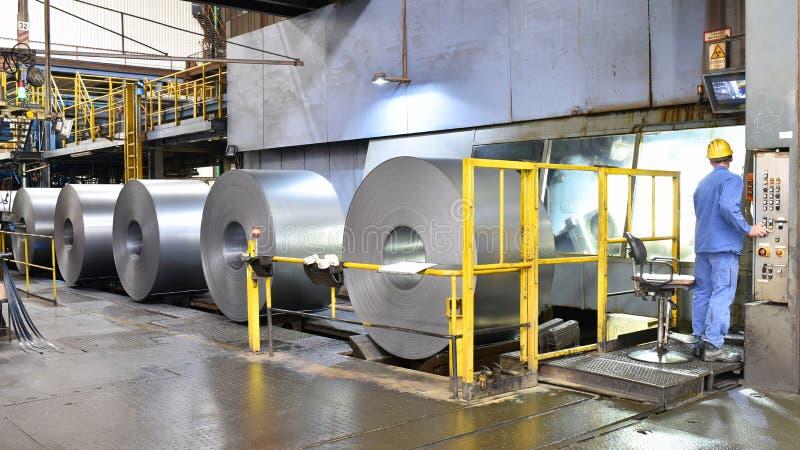 Промышленное предприятие для продукции металлического листа в сталелитейном заводе стоковые фото