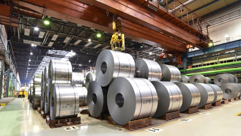 Промышленное предприятие для продукции металлического листа в сталелитейном заводе стоковые фотографии rf