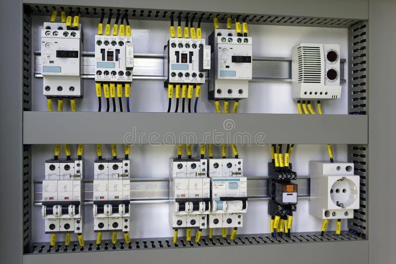 Промышленное электрическое оборудование стоковые изображения rf