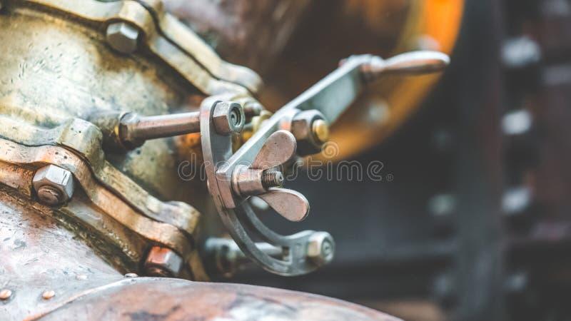 Промышленные гайки винта нержавеющей стали стоковая фотография