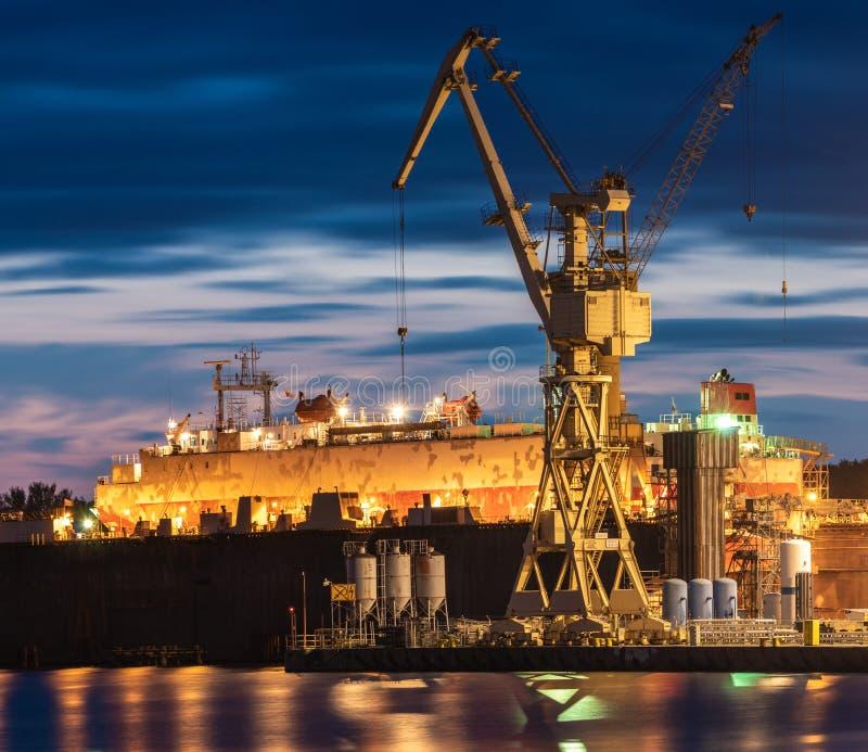 Промышленные зоны верфи в Szczecin в Польше, высоком reso стоковые изображения